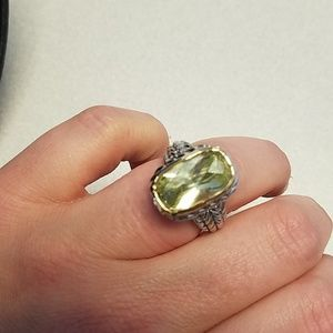 Jewelry - NWT Two Tone Ring Light Green Stone diag cut